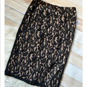Forever 21 Black & Nude Lace Skirt